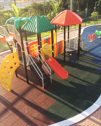 pisos-de-seguranca-de-playgrounds